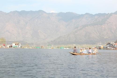 Индийски записки: V. Защо наричат Кашмир Рая на Земята