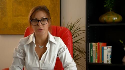 Присъствието на психоложката Ани Владимирова внася допълнителна достоверност, но пък вади зрителя от филма.