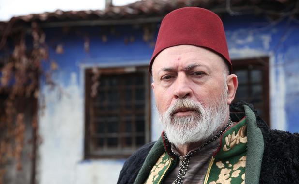 Актьорът-режисьор Максим Генчев в кадър от филма.