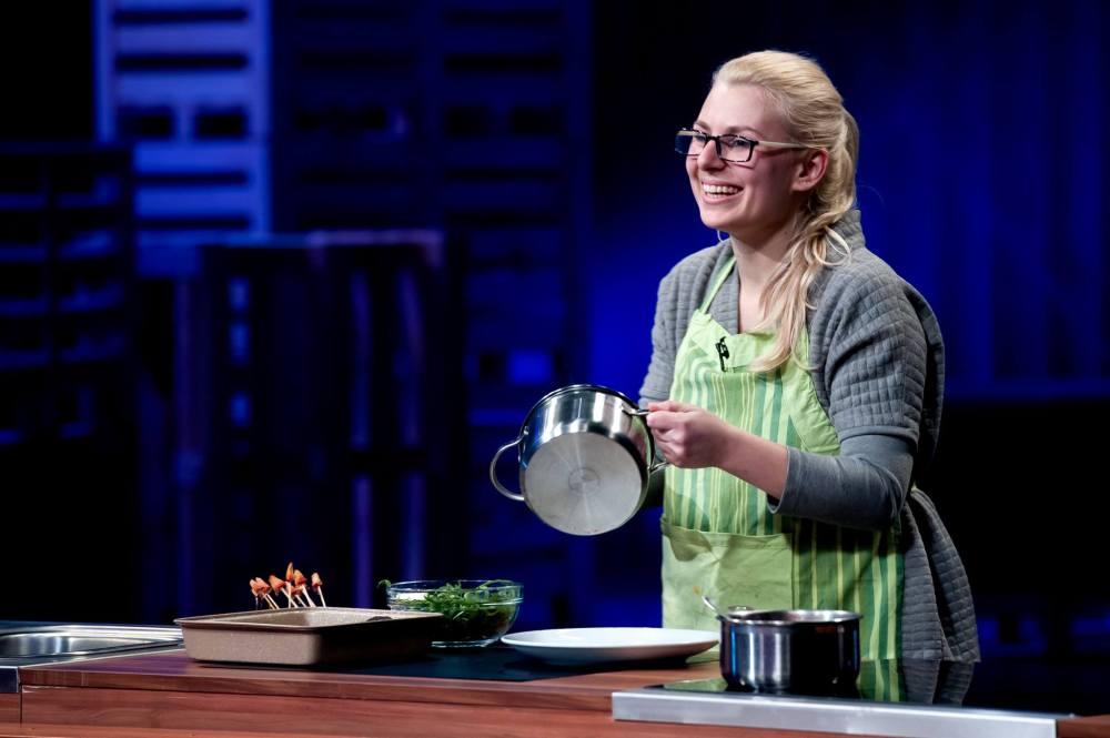 Бразилска цигуларка, която мечтае да бъде готвач в България – първите епизоди на шоуто показаха още няколко наистина трогателни и мили лични истории.