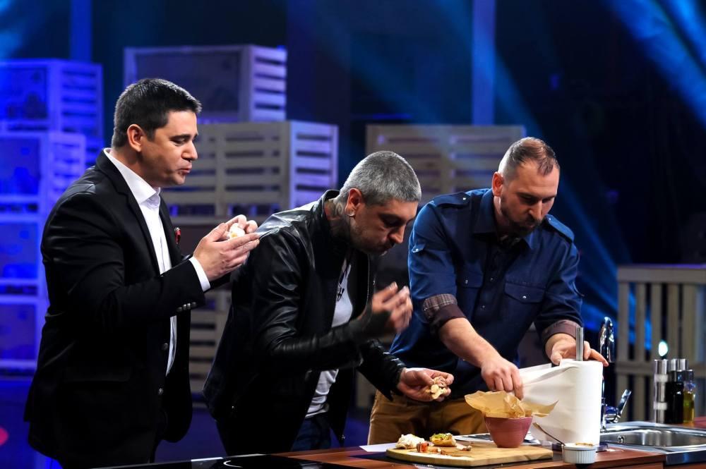 Шефовете Ангелов, Михалчев и Токев изглеждат неопитни в телевизионната кухня, но видимо разбират от хубава храна и не са лишени от личностна харизма.