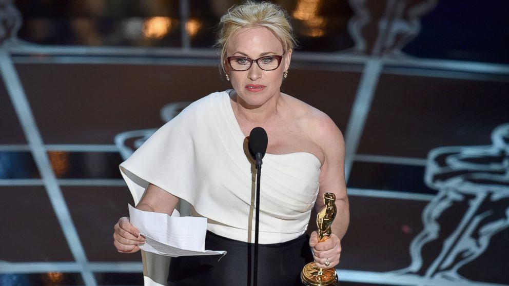 """Феминистката благодарствена реч на Патриша Аркет (поддържаща женска роля в """"Юношество"""") бе емоционалната кулминация на вечерта."""
