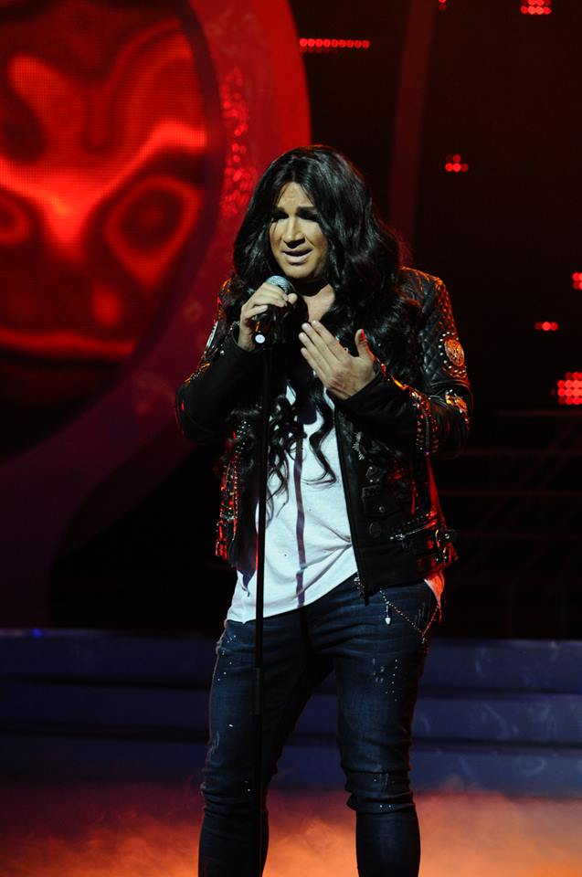 """Азис изпя """"Кукавица"""" на Цеца Величкович най-вече като Азис. През целия сезон той трудно излизаше от собствения си изпълнителски стил."""