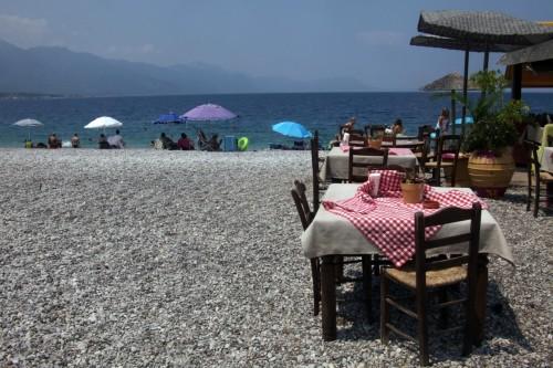 Независимо от небивалата финансова криза, която връхлетя страната им, гръцките курорти и заведения не потърсиха оправдание в нея и не снижиха стандартите в обслужването си.