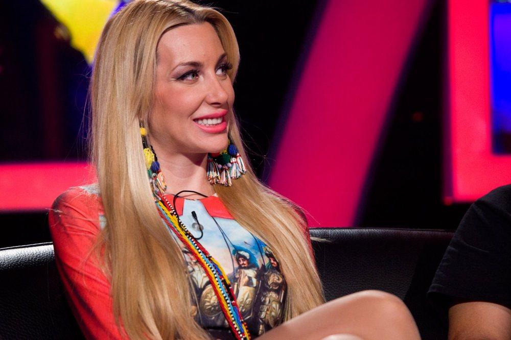 Ако от нея става Мис България и телевизионен коментатор, защо Джорджано да не е певец?