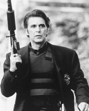 """Ал Пачино като полицай в """"Жега"""" (1995) ..."""