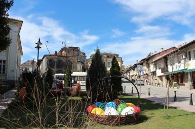 Великденската атмосфера се усещаше навсякъде из старата столица.