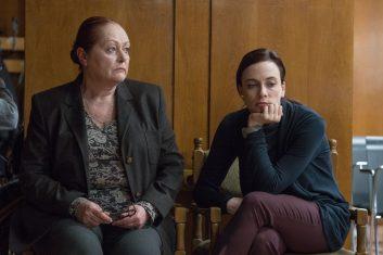 Петя Силянова и Весела Бабинова – майка и дъщеря, които така и не са случили на мъже в живота си.