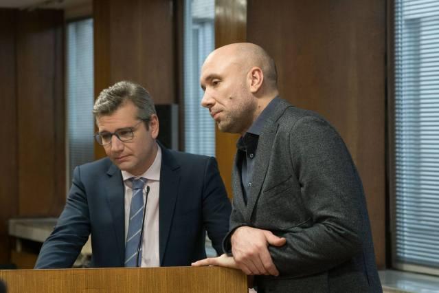 Свежен Младенов и Захари Бахаров – адвокат и клиент в бракоразводно дело.