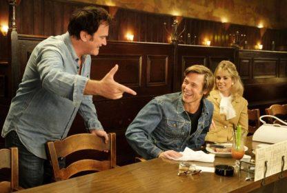 """Докато са снимали """"Имало едно време в Холивуд"""", Куентин Тарантино и Брад Пит едва ли са прогнозирали, че филмът им ще е кандидат в цели 10 категории."""