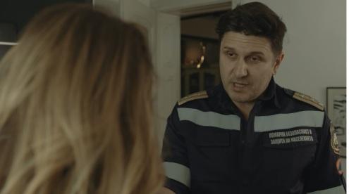 Очакванията от Асен Блатечки бяха значително по-високи, докато Радина Боршош е по-убедителна и автентична като екранната му дъщеря Рая.